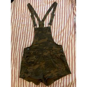 Camouflage overalls